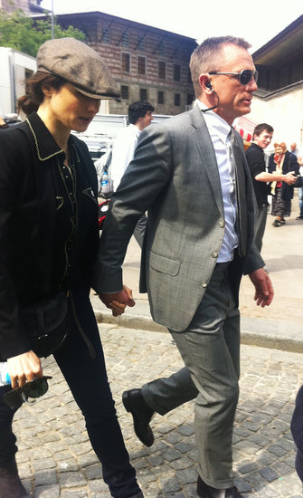 Rachel Weisz and Daniel Craig held hands in Istanbul.