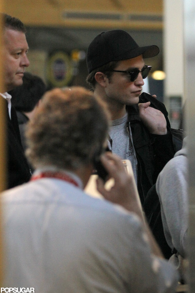 Robert Pattison left Vancouver.