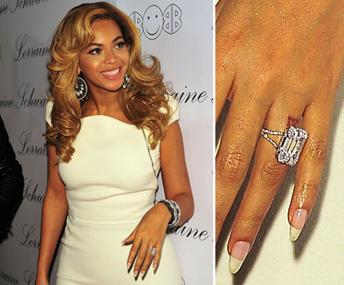 Beyoncé Knowles got her favorite number, four, tattooed in Roman numerals on her left ring finger.
