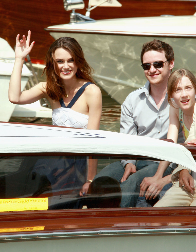 Keira Knightley, James McAvoy, and Saorise Ronan rode up in a boat for the Atonement photocall at the Venice Film Festival in August 2007.