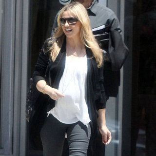 Sarah Michelle Gellar Pregnant Second Child Pictures