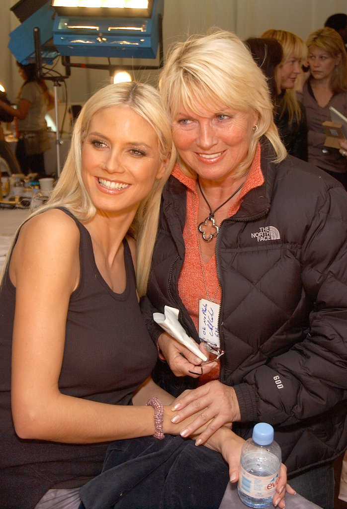 Heidi Klum and her mom, Erna, hung out backstage at the ninth annual Victoria's Secret Fashion Show in November 2003.