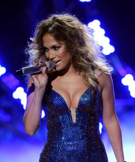 Jennifer Lopez wore a blue, sequin leotard on American Idol. Photos courtesy of Fox/FX