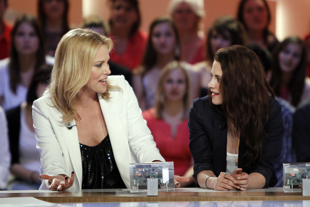 Kristen Stewart and Charlize Theron chatted on a French talk show.