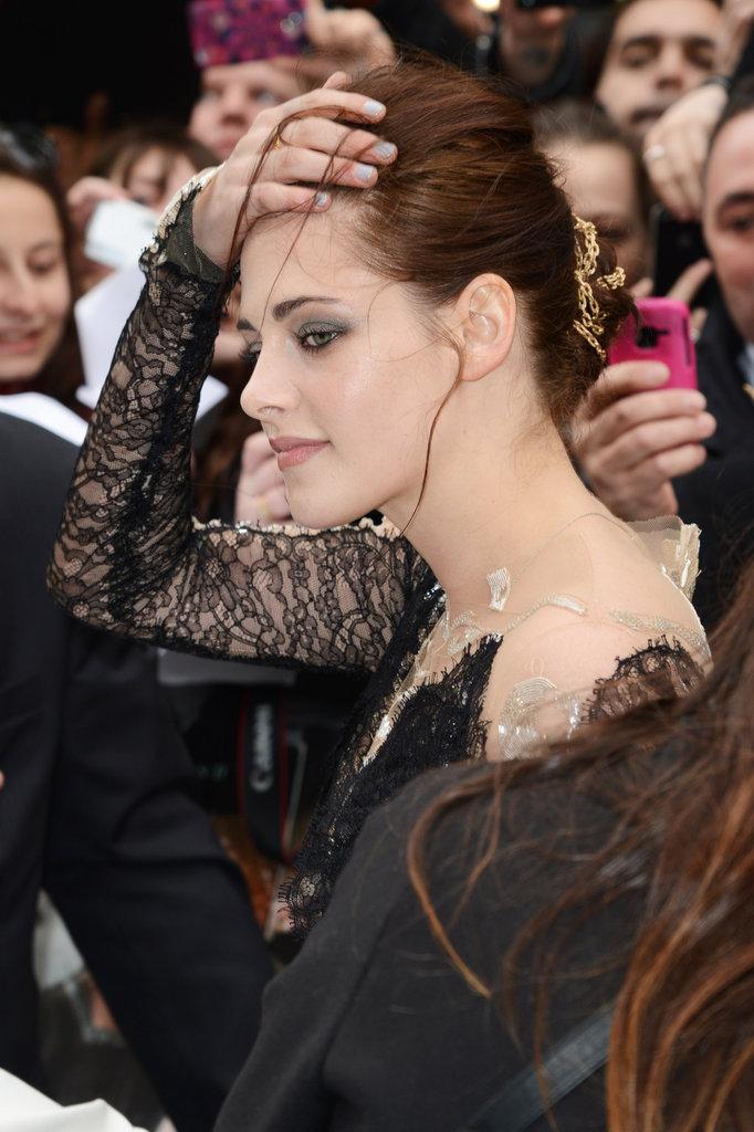 Kristen Stewart wore a lacy gown.