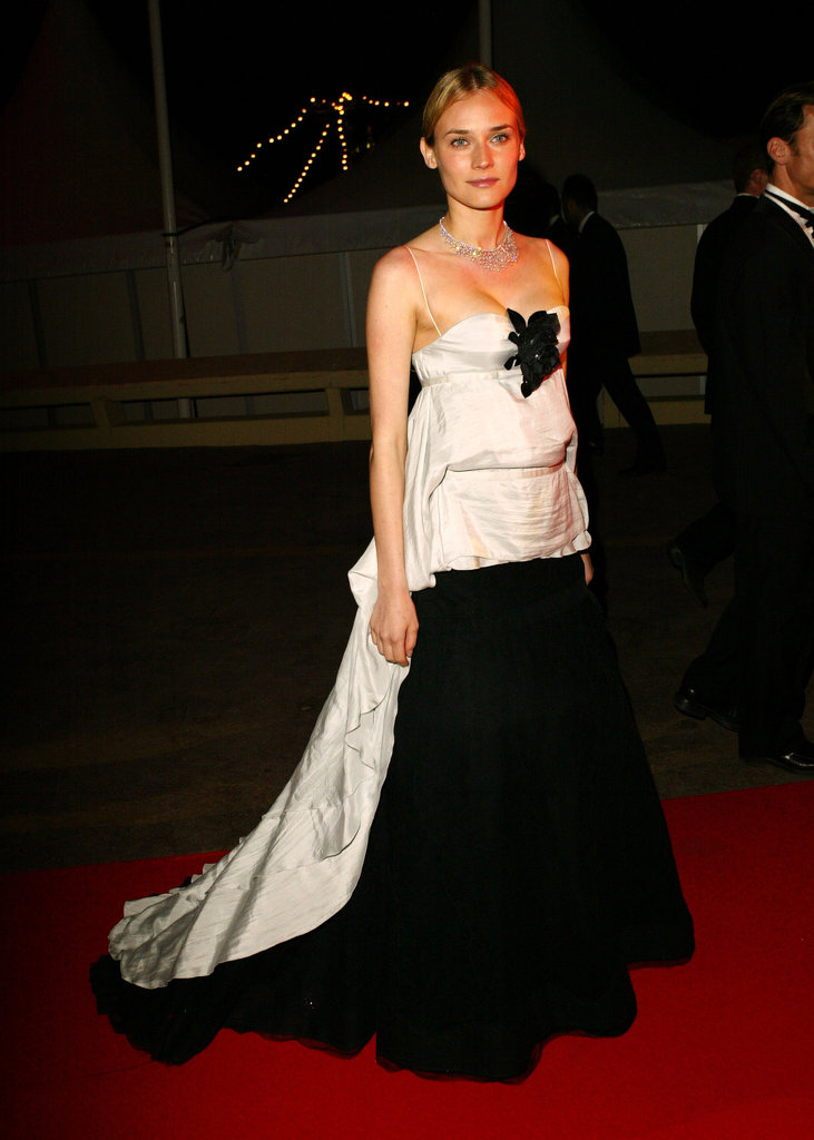 She chose a dramatic black-and-white gown for the 2004 De-Lovely party.