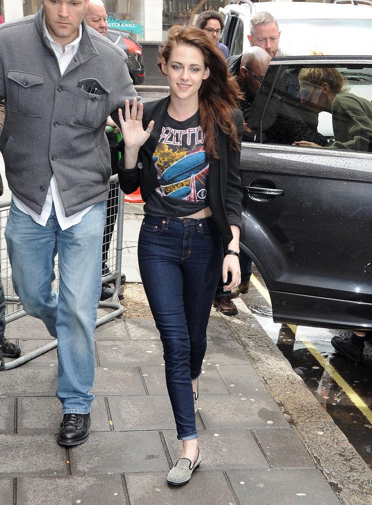 Kristen Stewart wore a graphic shirt.
