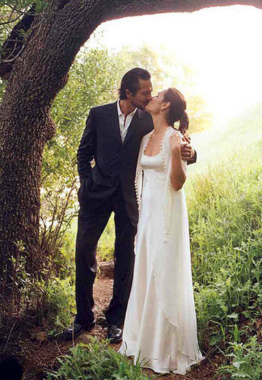 Benjamin Bratt and Talisa Soto Fairytale Moment