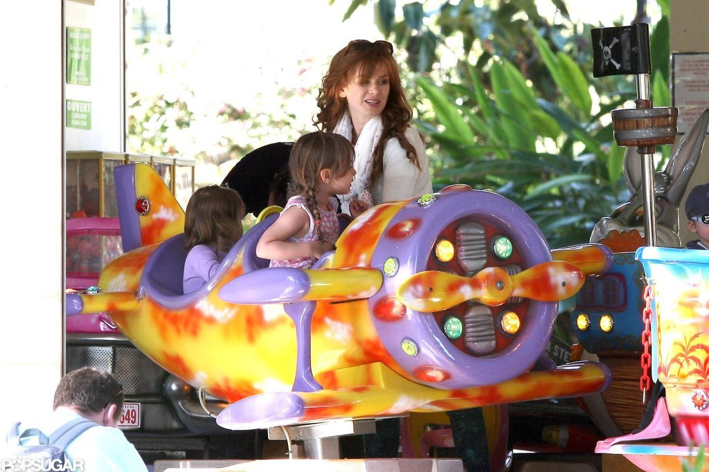 Isla Fisher and her daughters played in France.