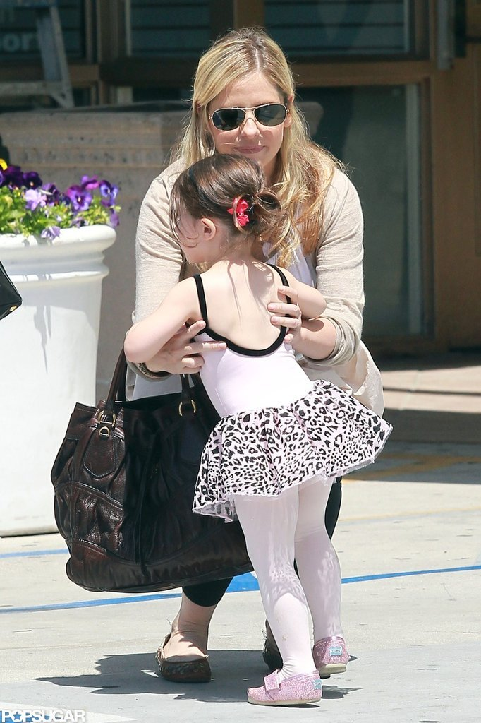 Sarah Michelle Gellar gave Charlotte Prinze a lift.