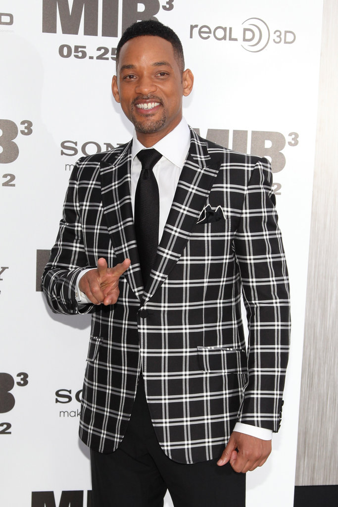 Will Smith wore a checkered Gucci suit for the Men in Black III premiere in NYC.