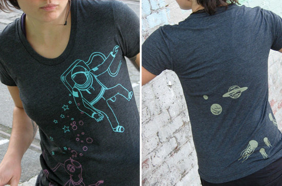 Connecting the depths of the ocean with the heights of outer space, this supercool Diver and Astronaut Women's Tee ($15) has the added bonus of planets and jellyfish on the back.