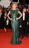 Doutzen Kroes struck a pose in her slinky green gown at the Cosmopolis premiere.