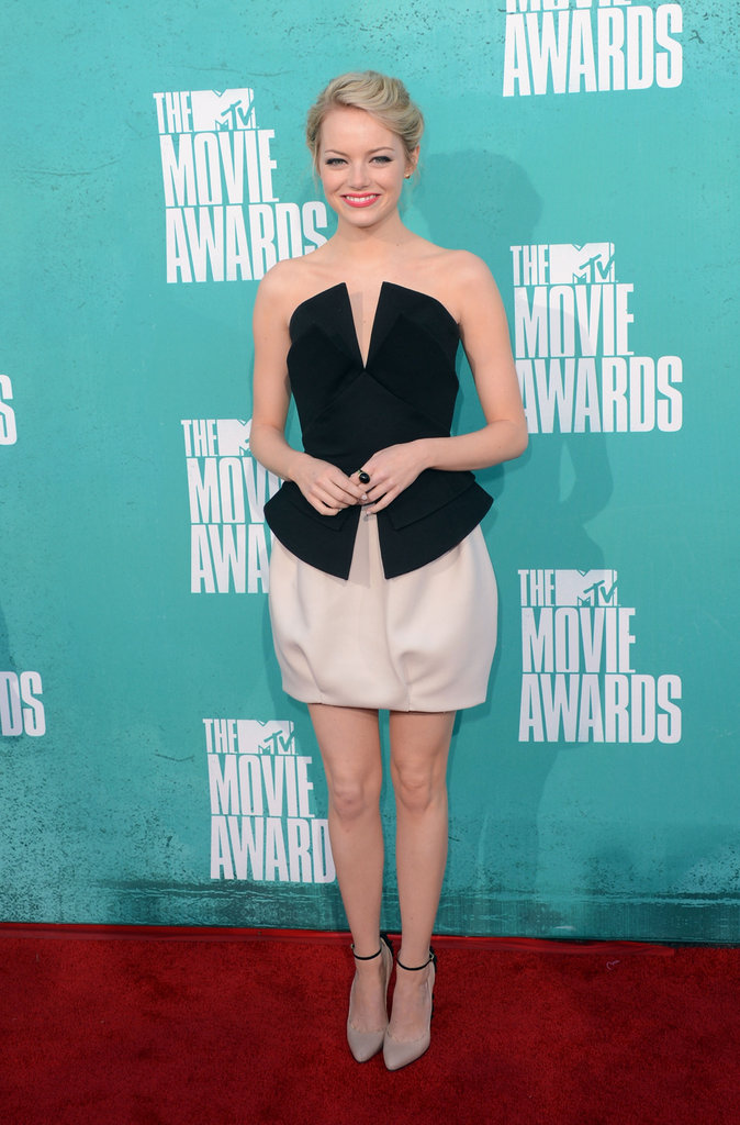 Emma Stone stepped onto the red carpet at the MTV Movie Awards.