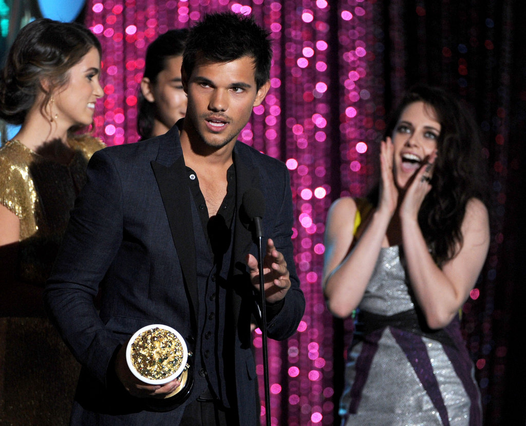 Kristen Stewart cheered for Taylor Lautner.