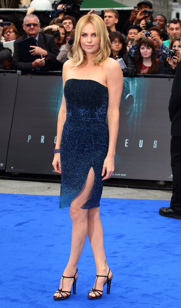 Charlize Theron stunned in Christian Dior Couture at the Prometheus premiere in London.
