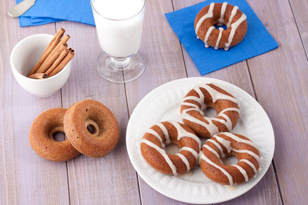 Chai-Spice Doughnuts With Sugar-Free Almond Frosting