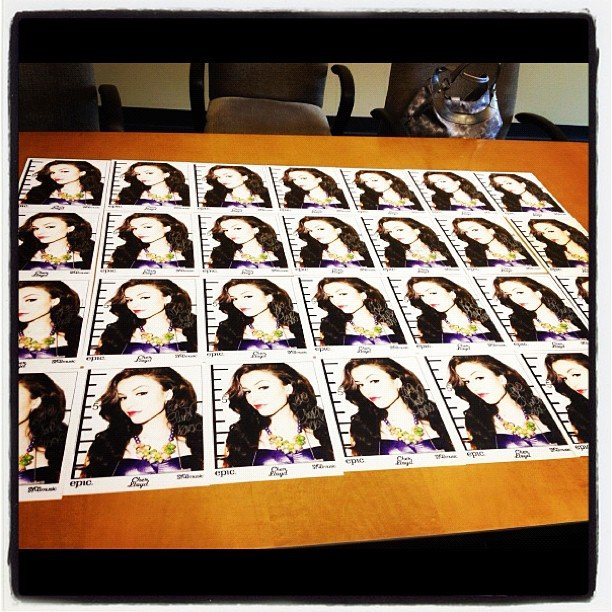 Cher Lloyd mentally prepped for a busy day of signing autographs. Source: Instagram user cherlloyd