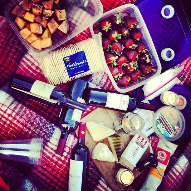 Enjoy a Wine and Cheese Picnic