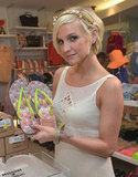 Ashlee Simpson showed off the Missoni Havaianas.