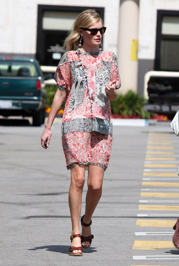 Kate Bosworth wore a JewelMint bag.