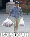 Ryan Reynolds carried shopping bags in his hands in New York.