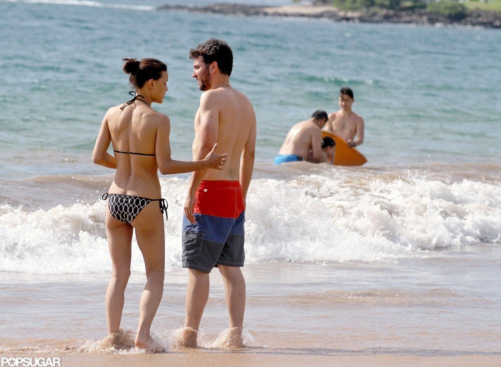Julia Jones wore a bikini with shirtless Josh Radnor at the beach.