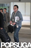Lionel Richie smiled and waved to fans as he walked through LAX.