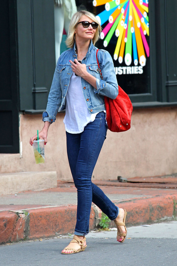Cameron Diaz walked in NYC with Starbucks.