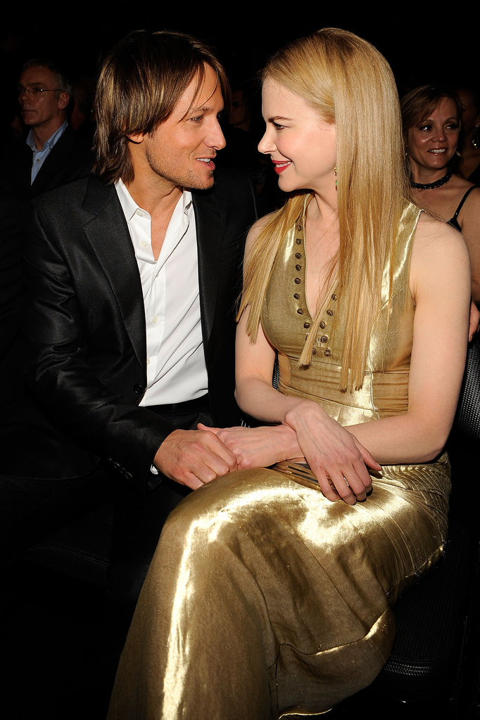 Nicole shone in gold with Keith at the 2008 Grammy Awards.
