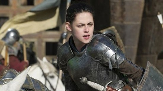 "Video: Kristen Stewart Talks About the SWATH Stunt That ""Scared"" Her"