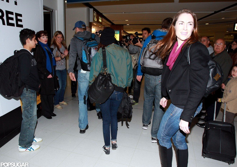 Kristen Stewart walked through the Sydney airport.