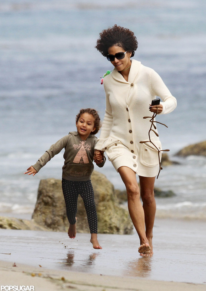 Halle Berry and Nahla Aubry played at the beach.