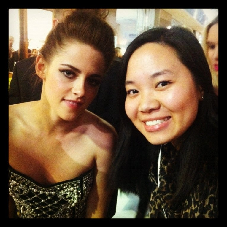 Pop ed Jess hung out with the gorgeous Kristen Stewart on the red carpet at the Snow White and the Huntsman premiere.