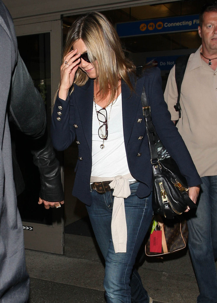 Jennifer Aniston wore a diamond ring in California.