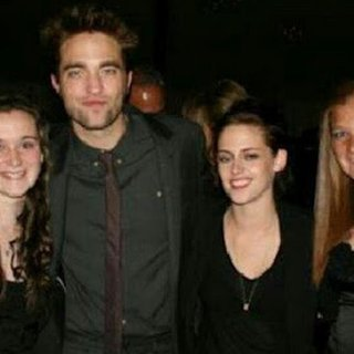 Kristen Stewart and Robert Pattinson at a Wedding (Video)