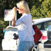 Cameron Diaz at Hair Salon Pictures