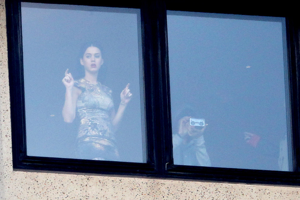 Katy Perry Touches Down in Sydney and Checks Out the View