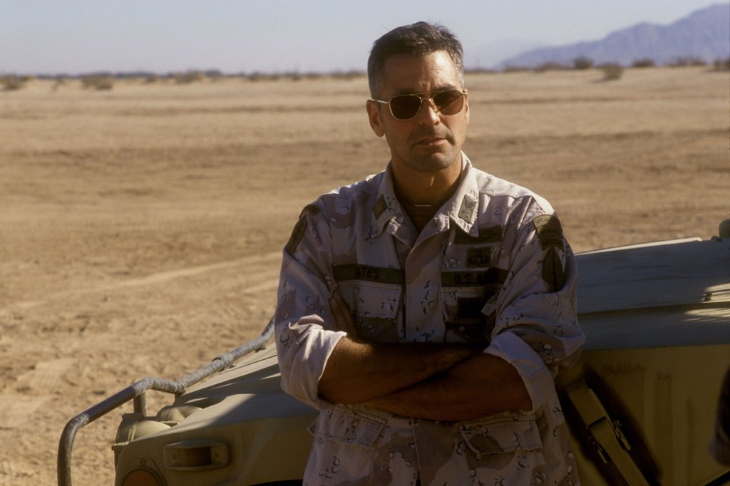 George Clooney in Three Kings