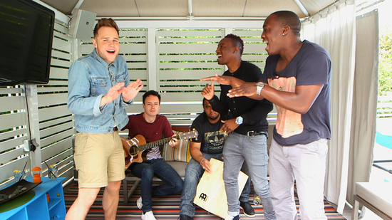 "Olly Murs Talks Touring With One Direction and Performs His Single ""Heart Skips a Beat"""