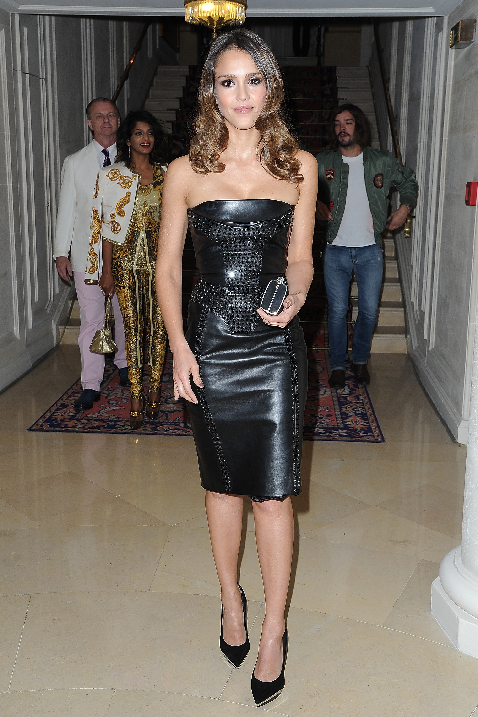 Jessica Alba made her way into the Versace show for Paris
