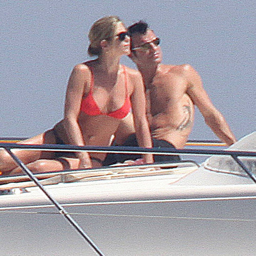 Jennifer Aniston Bikini Pictures With Shirtless Boyfriend
