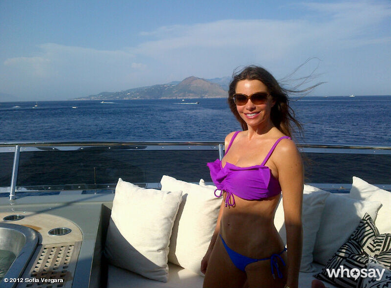 Sofia Vergara showed off her bikini body and an amazing view while vacationing in Capri, Italy, in July 2012.  Source: Who Say user Sofia Vergara