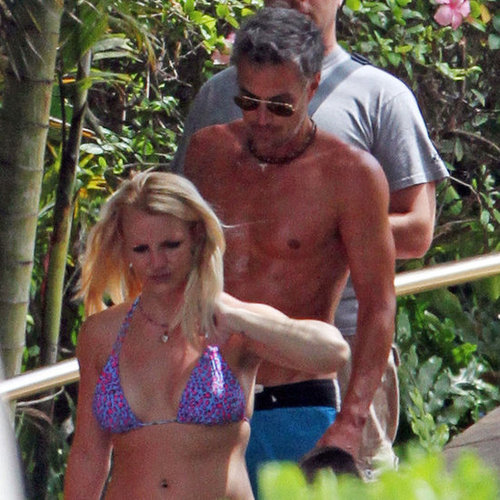 Britney Spears Bikini Pictures in Hawaii With Family