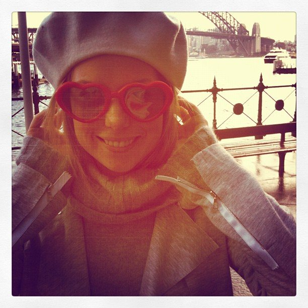 Ali looked very Parisian in Sydney while wearing the 3D glasses from Katy Perry: Part of Me.