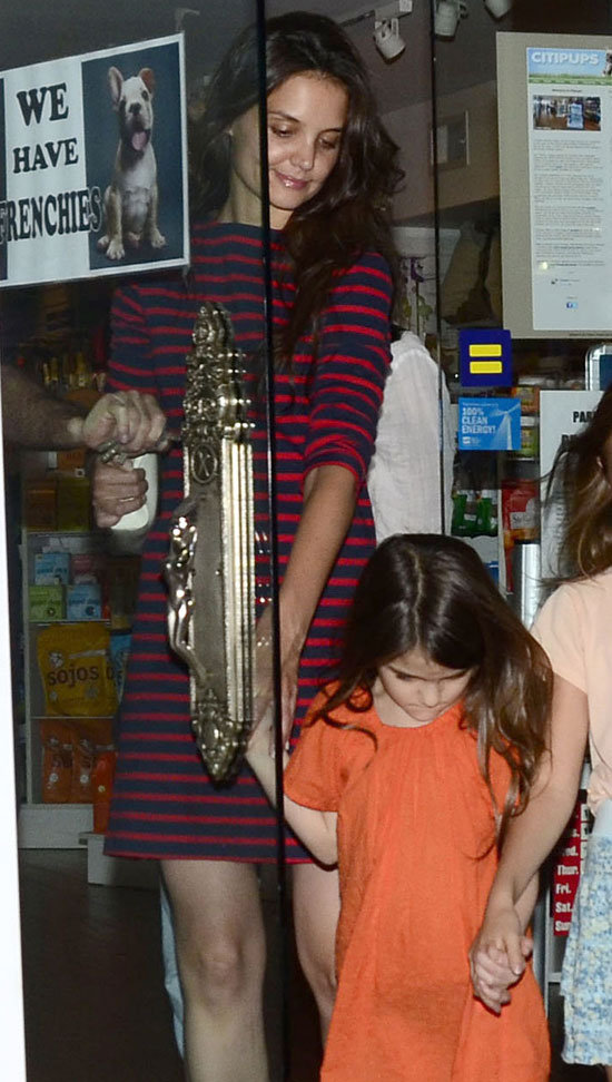 Katie Holmes and Suri Cruise Show Puppy Love in NYC