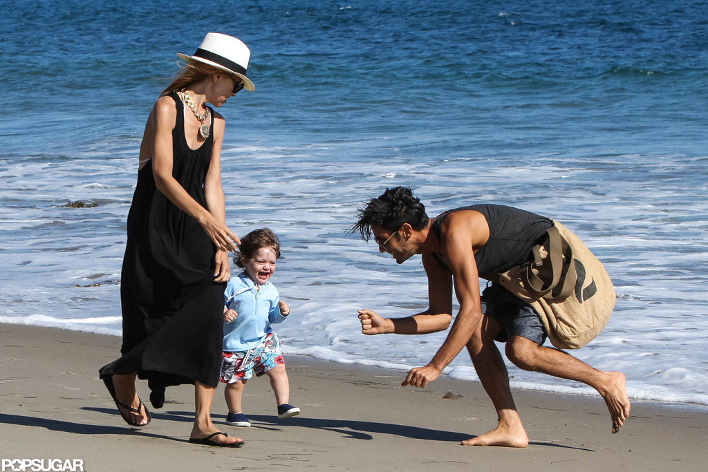 Rachel Zoe and Skyler enjoyed the beach in Malibu.