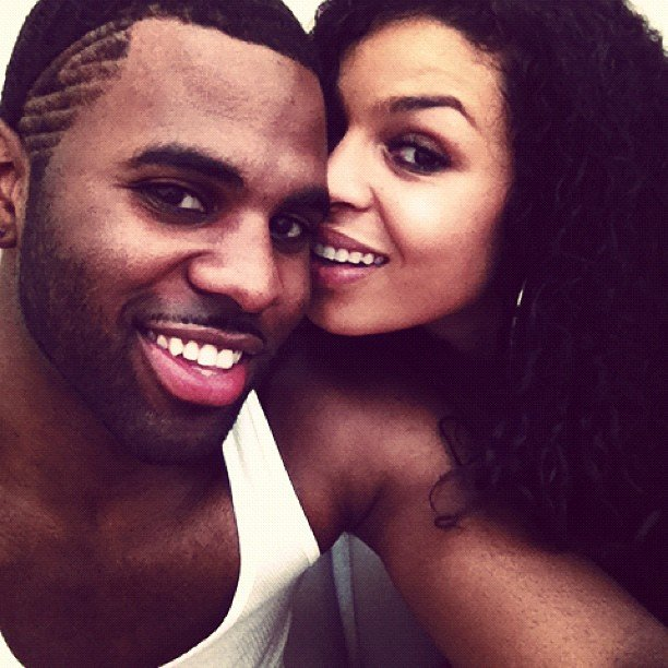 Jordin Sparks and Jason Derulo got close for this candid moment. Source: Instagram user futurehistory1