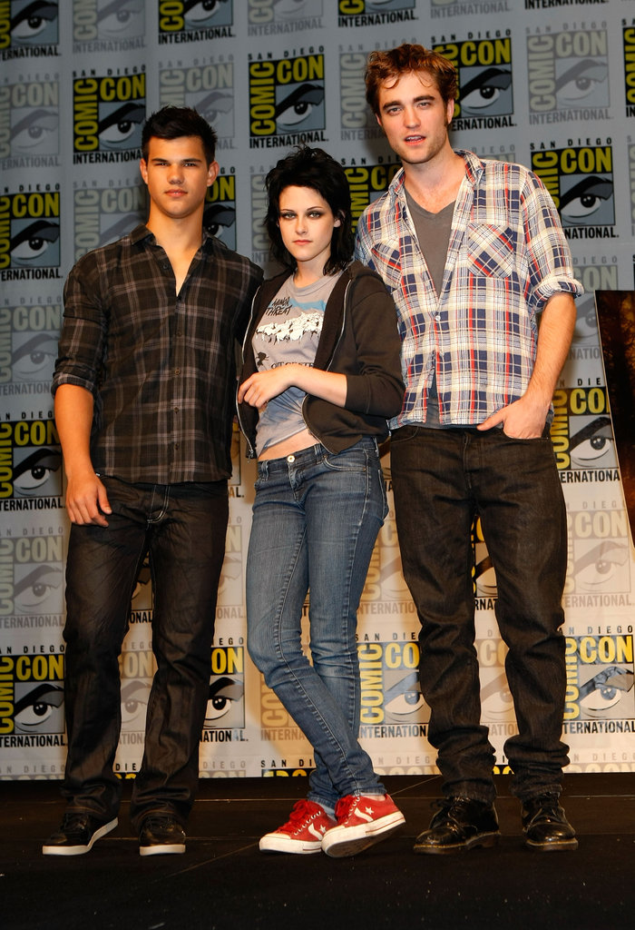 Kristen Stewart, Robert Pattinson, and Taylor Lautner arrived at Comic-Con in 2009.
