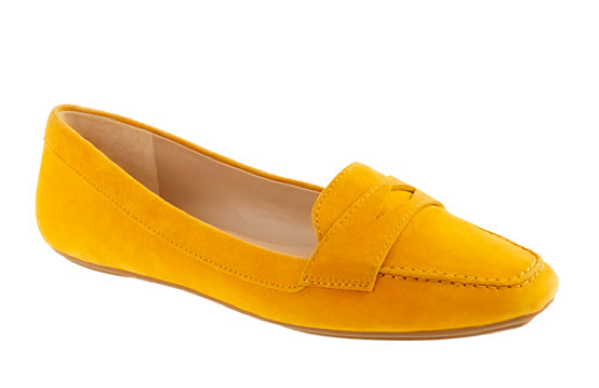 This particularly bright take on the classic penny loafer will inject a sunny accent to a tailored trouser look. With a more traditional English seaside landscape in mind, we're pretty sure these slick shoes will go with almost every Brit-inspired vacation ensemble. J.Crew Lexington Suede Penny Loafers ($138)
